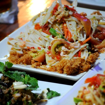 Som tam - A classic, thai, spicy papaya salad